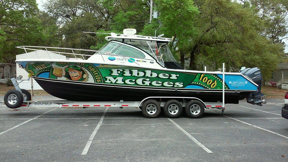 Image: Boat Wrap from Surf Signs & Designs